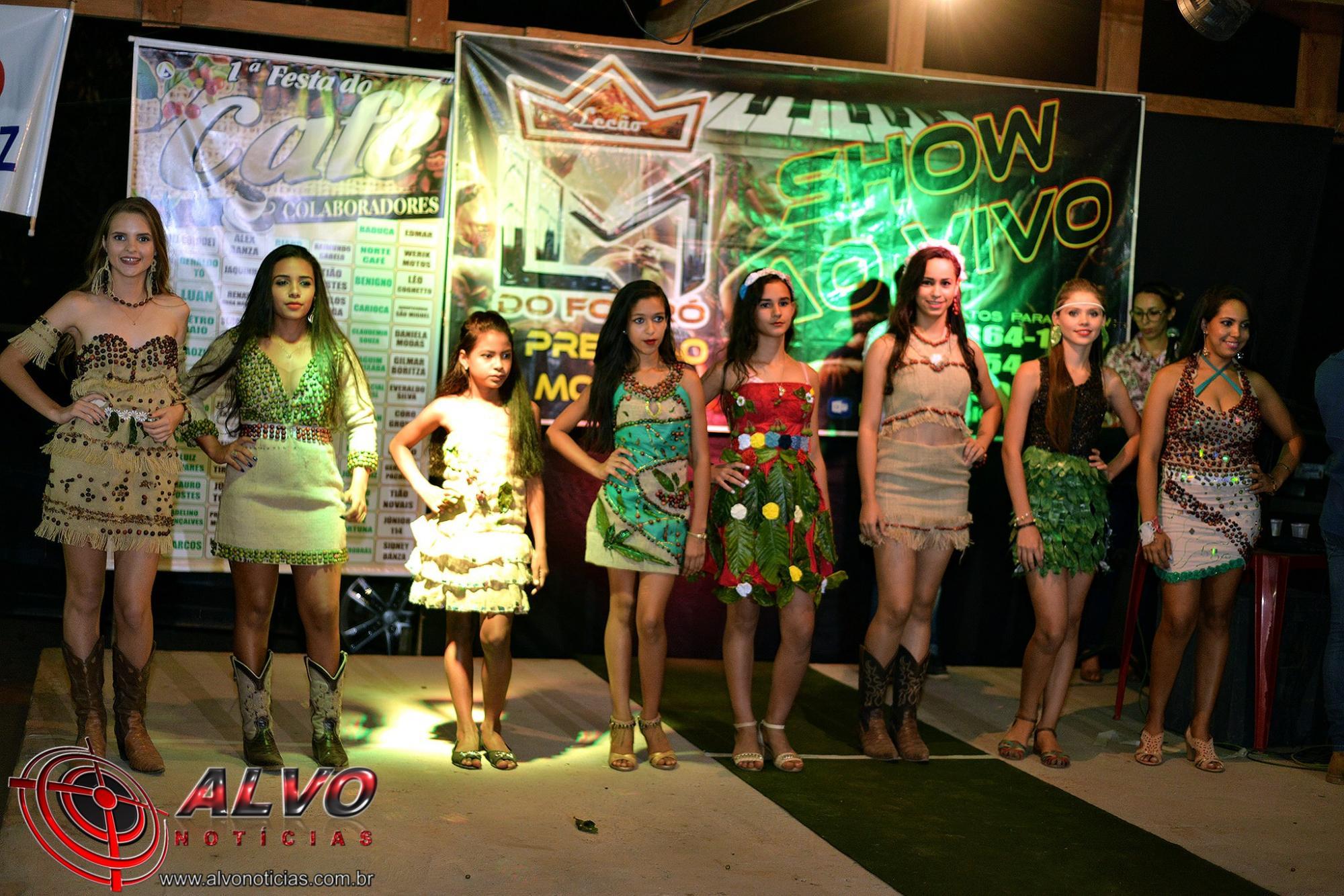 Festa do café - Desfile da Garota Café