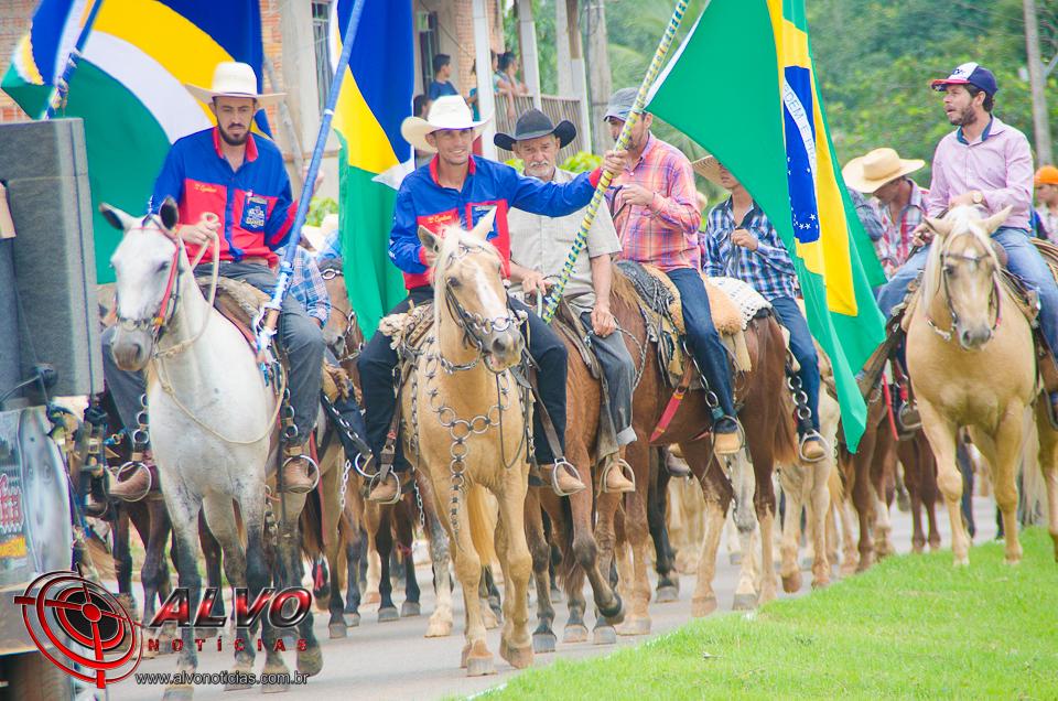 Cavalgada e escolha da Rainha - EXPOTERRA