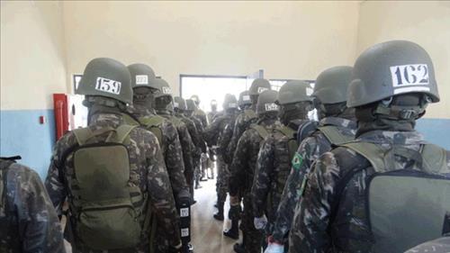 Exército Brasileiro realiza operação no presídio de Ji-Paraná