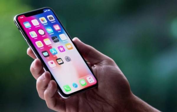 Preço do iPhone X permite passar 7 dias nos EUA e comprar o celular no exterior