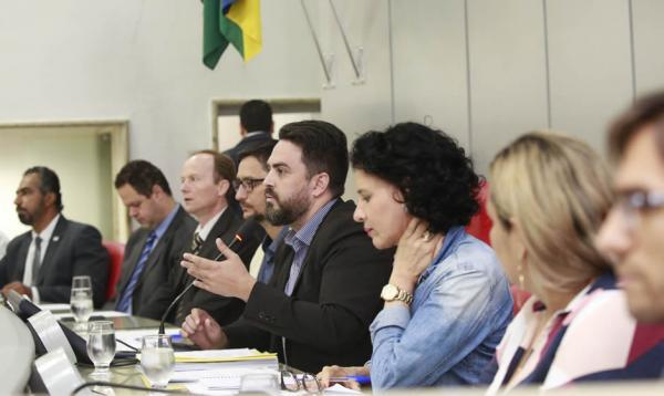 Assembleia Legislativa discute Projeto de Lei que faz alterações na administração do Estado