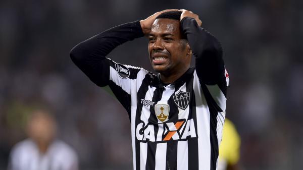 Jogador Robinho é condenado a 9 anos de prisão na Itália por violência sexual