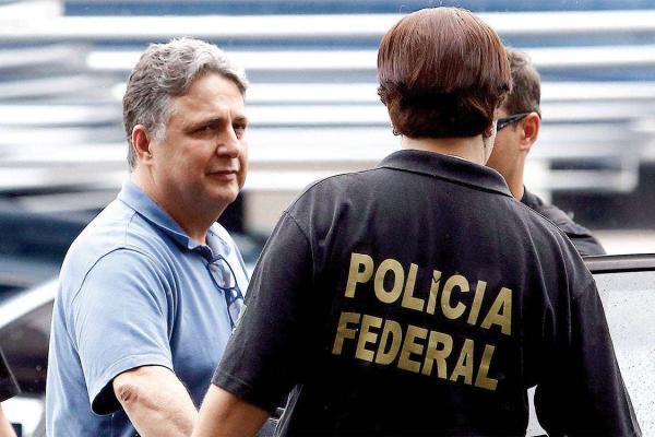 Solto, Garotinho afirma ter documentos provando acusações à Globo