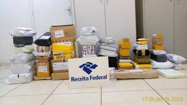 Receita Federal faz operação nos Correios e apreende mercadorias importadas