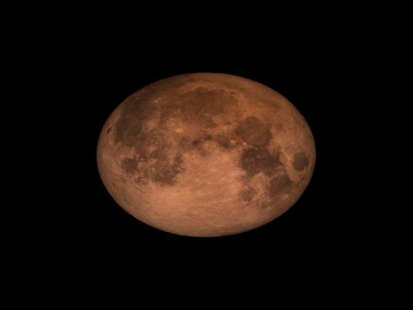 Superlua, Lua Azul e Lua de Sangue coincidem nesta quarta; entenda