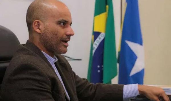 Secretário pede ao Sintero que exiba gravação de reunião onde ele teria dito que professor deve trabalhar por amor