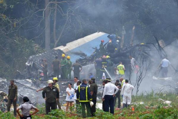 Avião cai logo após decolar de aeroporto de Havana