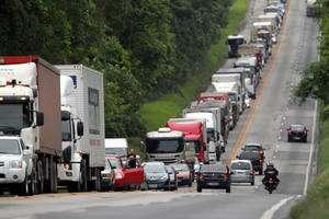 Justiça determina liberação imediata de 6 rodovias federais