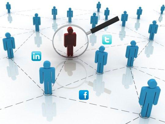 Empresas monitoram comportamento nas redes sociais para contratar ou demitir; veja cuidados