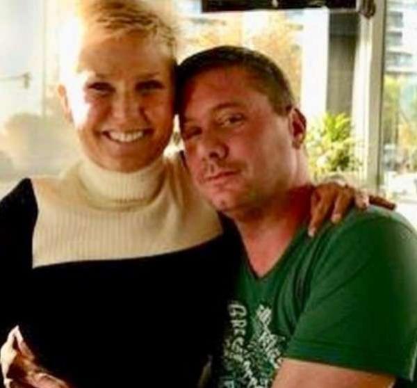 Emocionado, fã argentino morre após se encontrar com Xuxa
