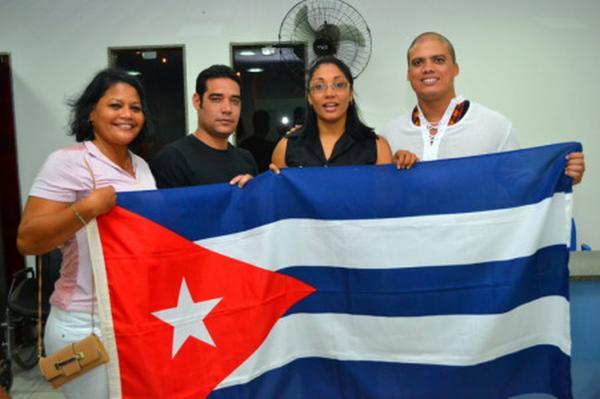 Ministério da Saúde Pública de Cuba anunciou decisão de deixar o Programa Mais Médicos