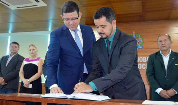 Ex-Gerente de Alvorada do Oeste  é oficializado como Presidente da EMATER, pelo governador Coronel Marcos Rocha