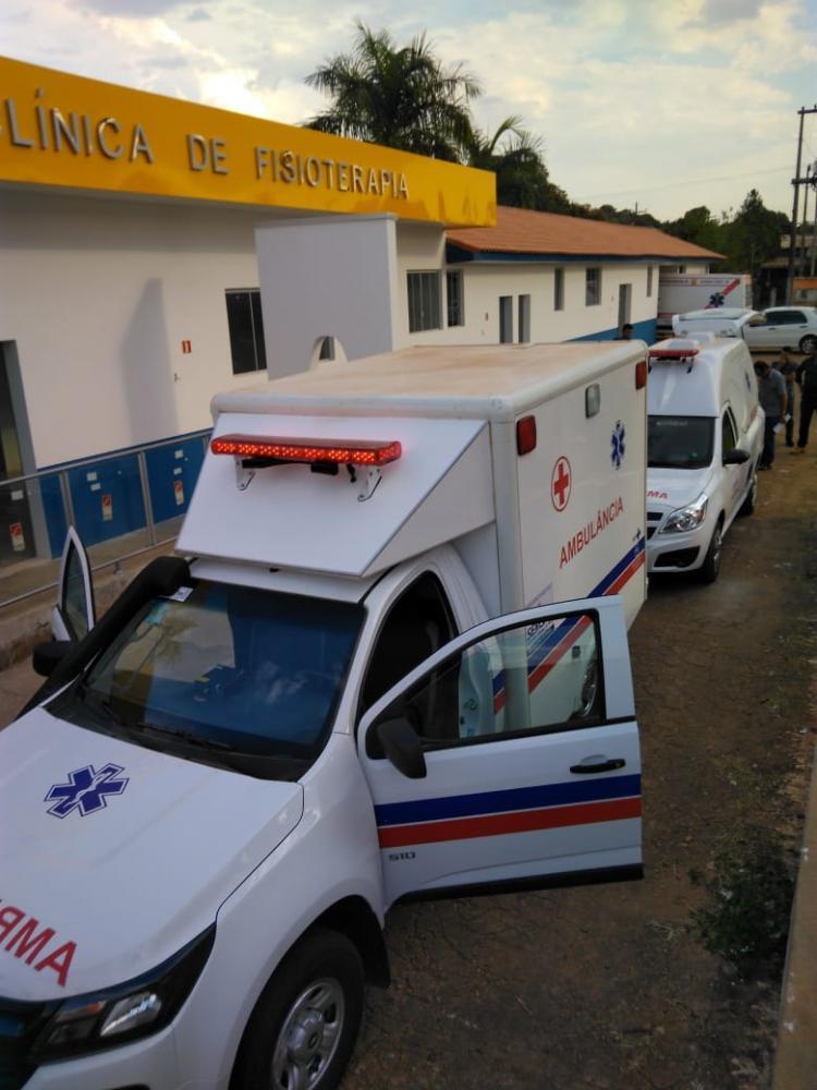 ALVORADA DO OESTE - Saúde do município recebe duas novas ambulâncias