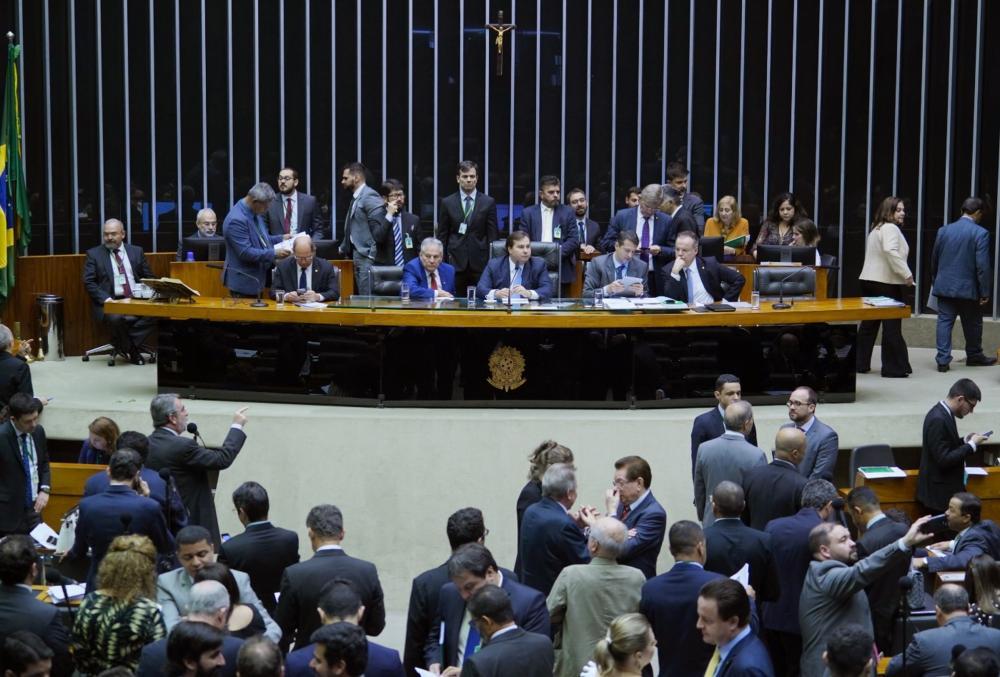 Câmara rejeita destaques e aprova reforma da Previdência em 2º turno; texto vai ao Senado