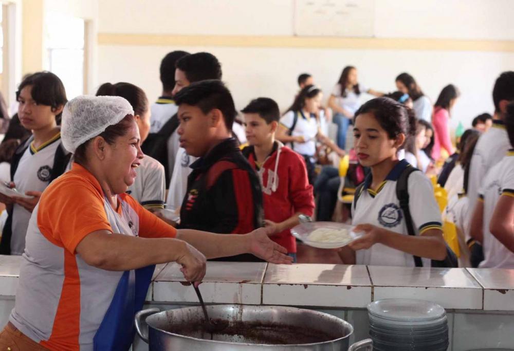 GOVERNO DE RONDÔNIA ABRE INSCRIÇÕES GRATUITAS PARA CONTRATAÇÃO DE MAIS DE 700 TÉCNICOS EDUCACIONAIS NAS ÁREAS DE LIMPEZA E ALIMENTAÇÃO