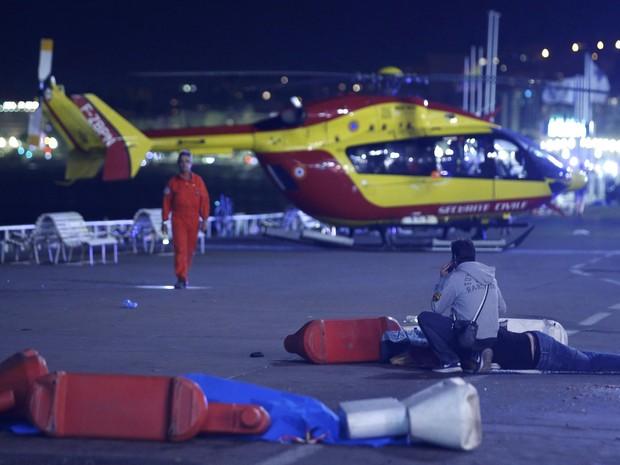 Ataque mata mais de 70 na França, diz tv