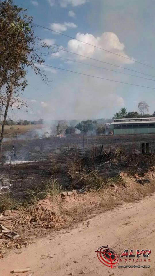 Rondônia - Incêndio causado por fogos de artificio deixa mais de 5 mil usuários sem internet