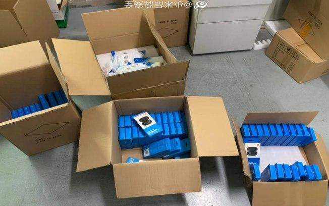 Xiaomi descobre fábrica que falsificava seus fones de ouvido