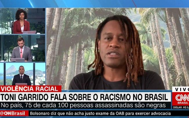 Apresentador da CNN Brasil chora ao vivo em entrevista sobre racismo