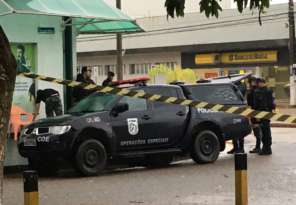 Agência do Banco do Brasil em Porto Velho é isolada por suspeita de bomba (VÍDEO)