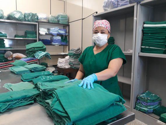 Toneladas de rouparia das unidades estaduais de saúde em Porto Velho são higienizadas na lavanderia do Hospital de Base