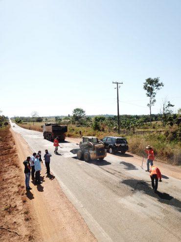 Frentes de serviços na região de Jaru recebem a visita do novo diretor-geral do DER?