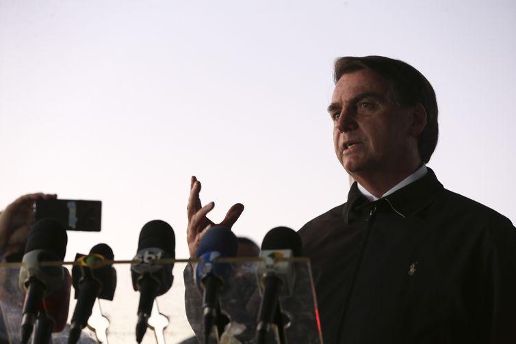 Bolsonaro sanciona MP que criou programa de manutenção do emprego