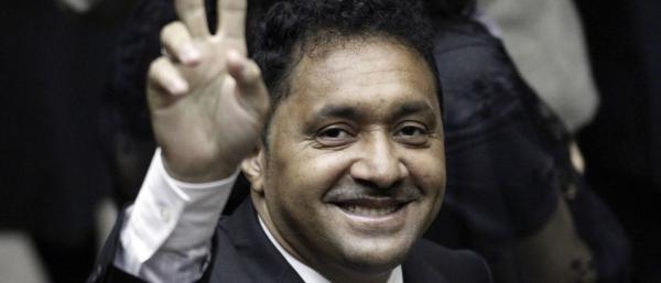 Tiririca critica reforma da Previdência: 'vou votar com o povo'