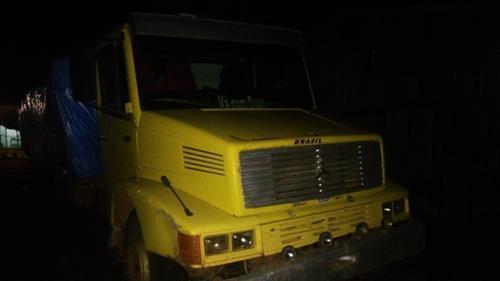Caminhão carregado com 30 tocos de lascas é apreendido em São Francisco do Guaporé
