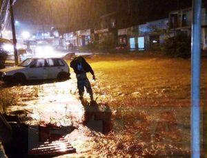 Rondônia - Tempestade deixa moradores em pânico; vários bairros estão debaixo d'água em Colorado