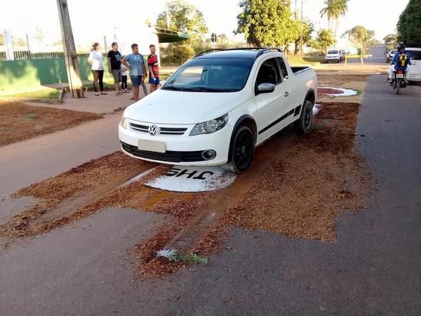 Rondônia em rede nacional - Policial destrói tapete de Corpus Christi com carro e fiéis se revoltam em RO