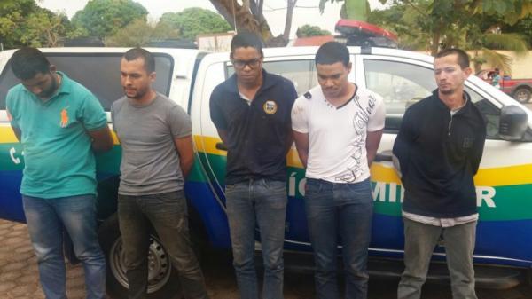 Três foragidos do presidio de Alvorada do Oeste foram presos após roubo a banco e sequestro em Vale do Paraíso