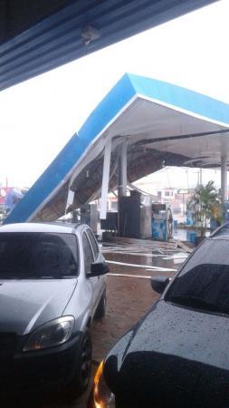Temporal causa destruição na zona Leste de Porto Velho