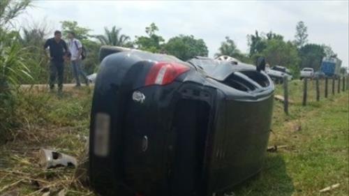 Juíza tomba carro que conduzia na RO-383